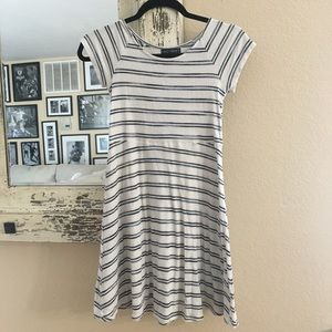 Juniors striped dress